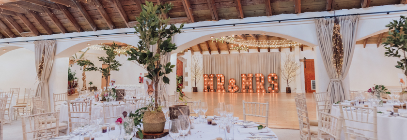 The dining room at Aswanley by Donna Murray Photography