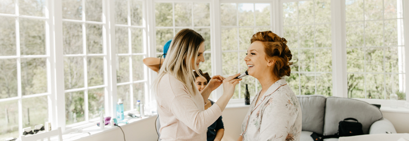 Wedding preparations at Straitinnan by Emma Lawson Photography
